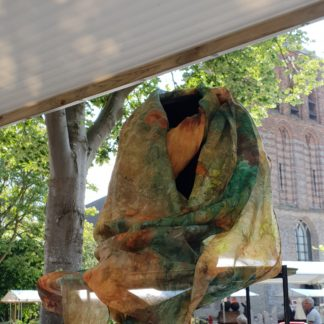 Handgeschilderde zijden sjaals