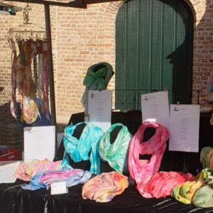 Kunstmarkt Capelle aan den IJssel, kraam Kleur & Zijde