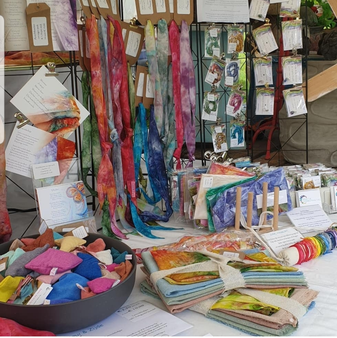 Roots Market, de Olmenhorst, Kleur & Zijde