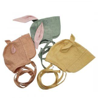 Oortjes bonnet in zijde, categorie