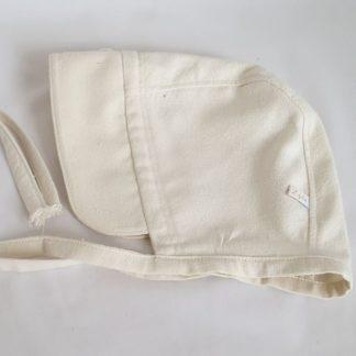 Puur, bonnet in naturel zijde