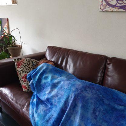 Deken, omslagdoek wol en zijde