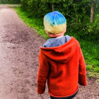 Regenboog-baggy-beanie-kleur-en-zijde-bourettezijde